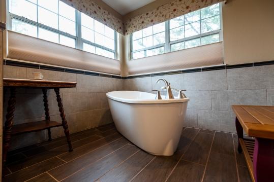 kenney-bathroom-19